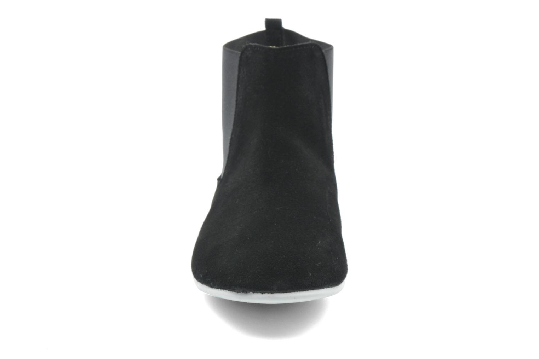 Bottines et boots Yum Gum Kite 01 Noir vue portées chaussures