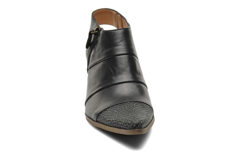 Bottines et boots Karston Kzultan Noir vue portées chaussures
