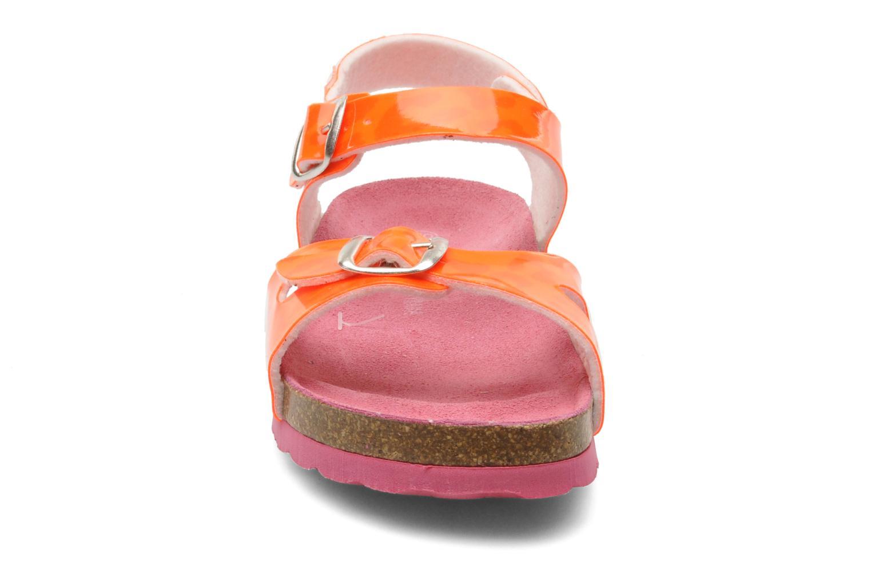 Sandali e scarpe aperte Agatha Ruiz de la Prada Dominica Arancione modello indossato