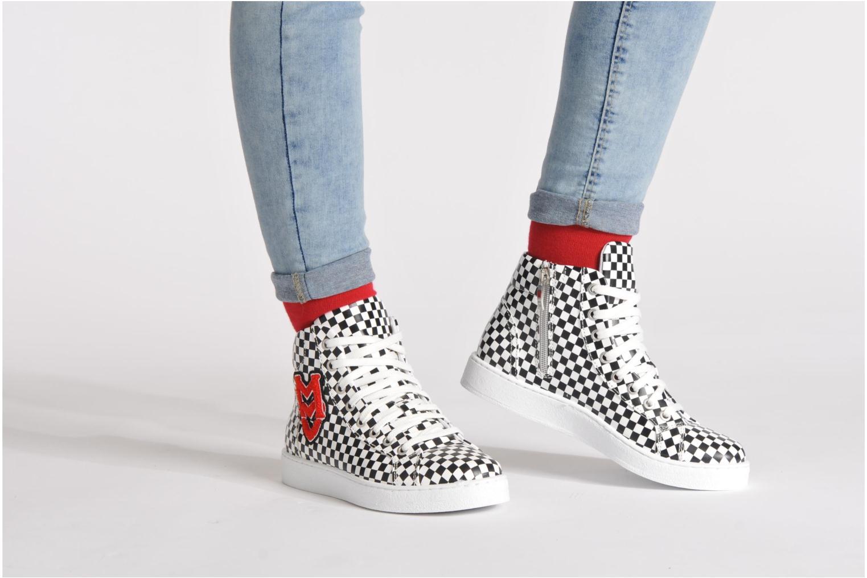 Sneaker Love Moschino Unisex mehrfarbig ansicht von unten / tasche getragen