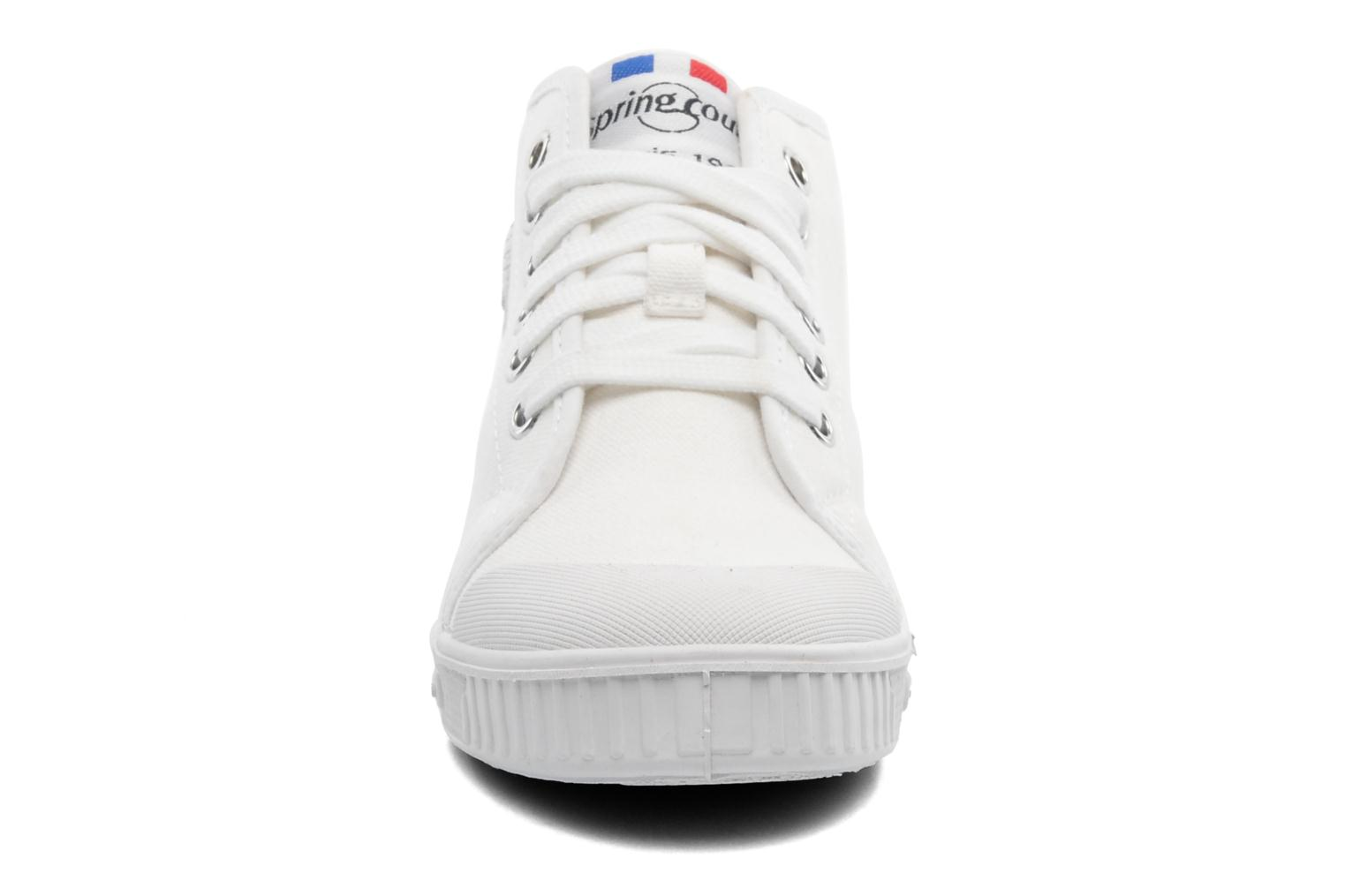 Trainers Spring Court BE1 Classic White model view
