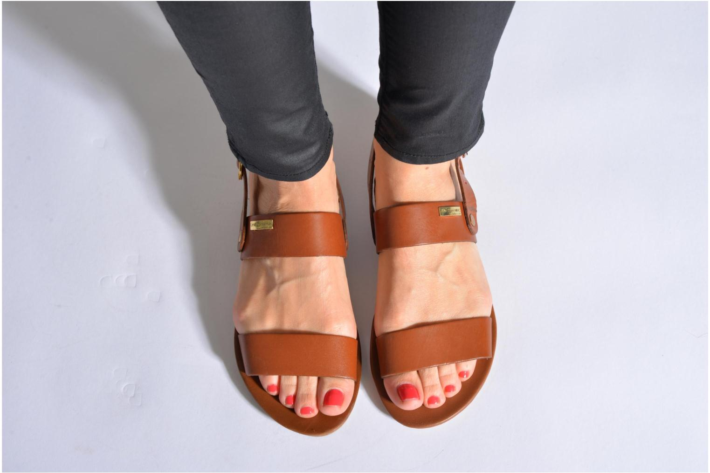 Sandalen Les Tropéziennes par M Belarbi Biniou silber ansicht von unten / tasche getragen