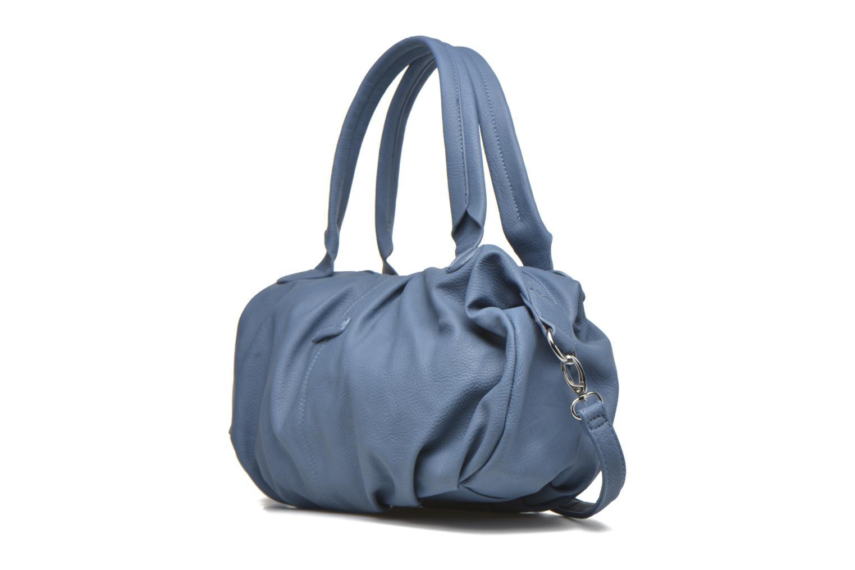 Sacs à main Tamaris GRACE Shoulderbag Bleu vue portées chaussures