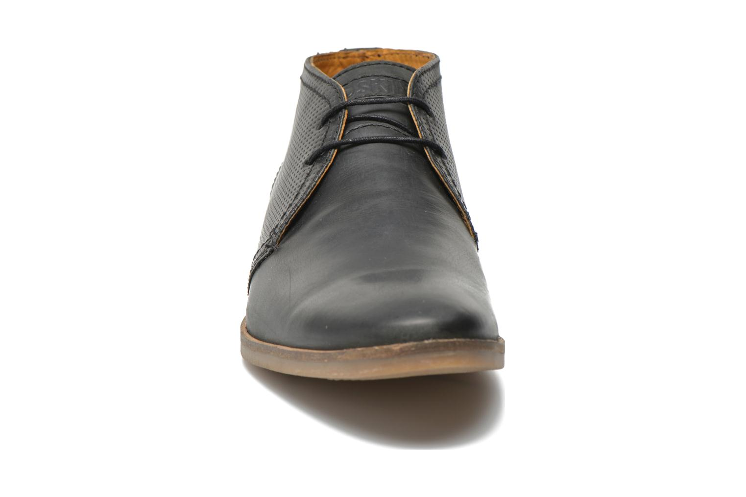 Lace-up shoes Redskins Wolna Black model view