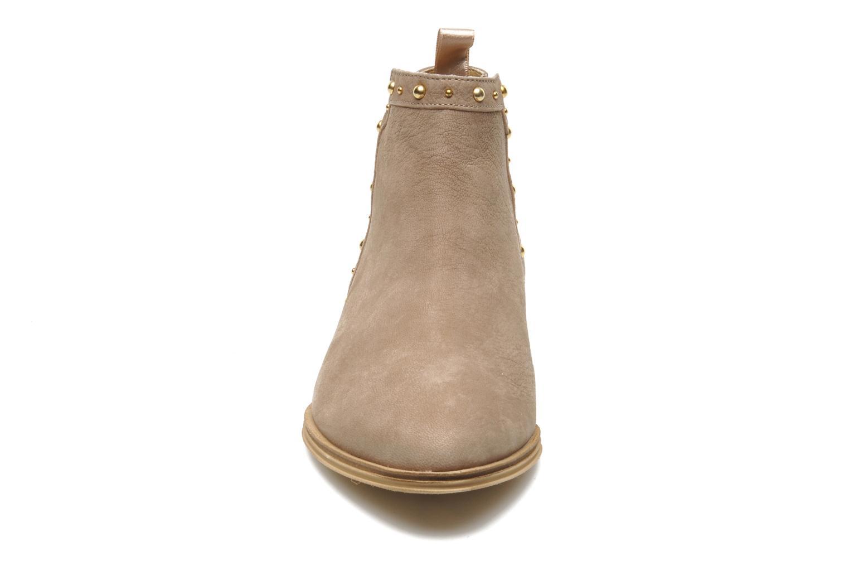 Bottines et boots Schmoove Woman Velours Low Boots Beige vue portées chaussures