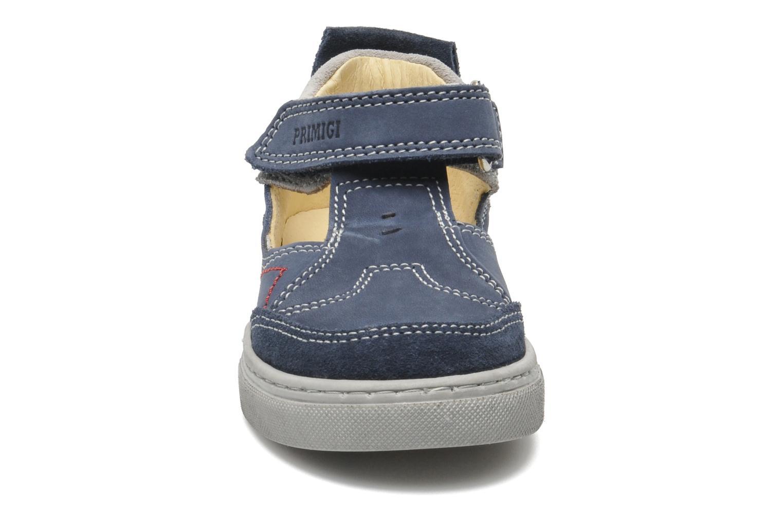Sneakers Primigi RHOY-E Azzurro modello indossato