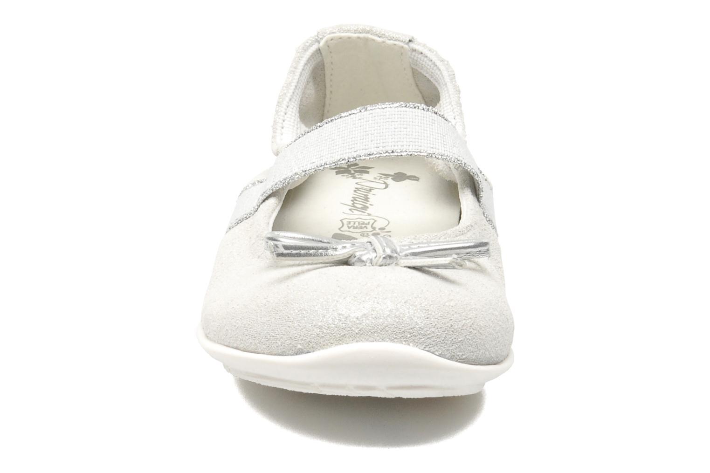Ballerines Primigi EULALIA Argent vue portées chaussures