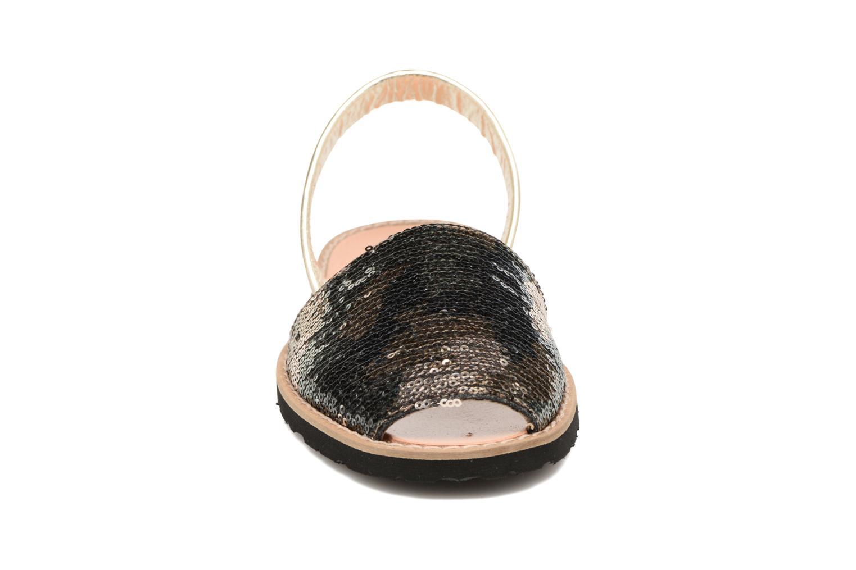 Sandales et nu-pieds MINORQUINES Avarca Vert vue portées chaussures