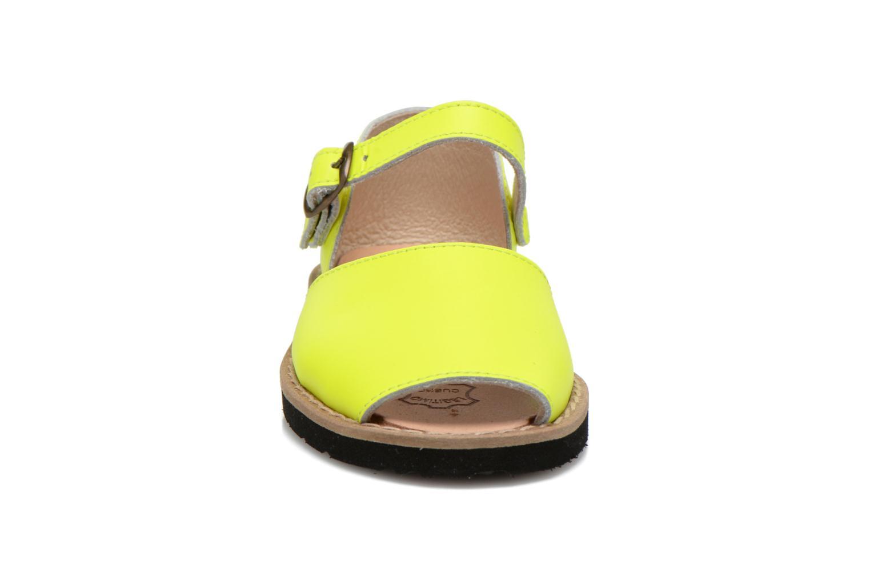 Sandaler MINORQUINES Frailera Gul bild av skorna på