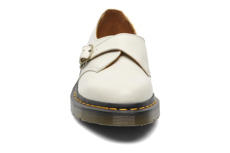 Mocassins Dr. Martens Agnes Beige vue portées chaussures
