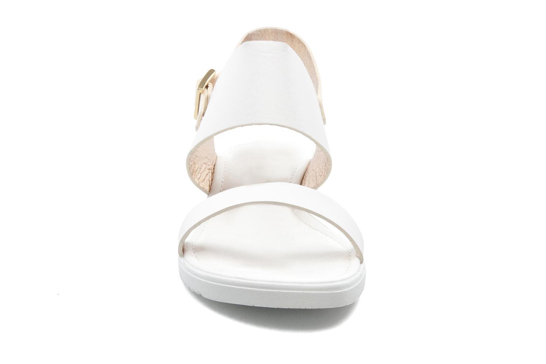 Sandales et nu-pieds Georgia Rose Jofou Blanc vue portées chaussures