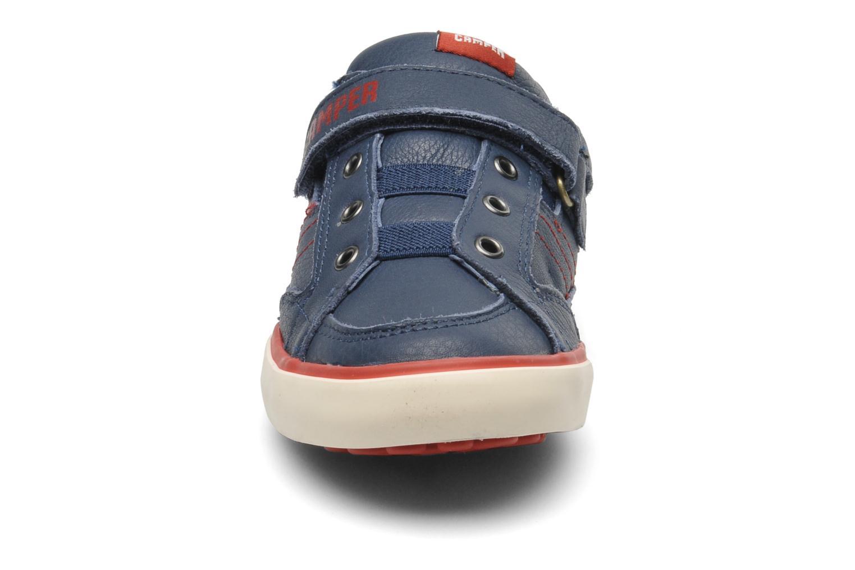 Baskets Camper Pelotas Kids 80343 Bleu vue portées chaussures