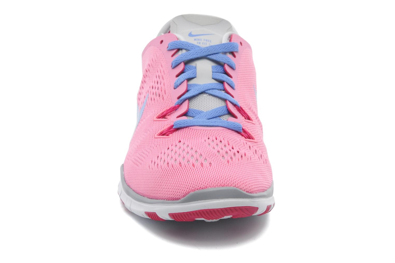 Chaussures de sport Nike Wmns Nike Free 5.0 Tr Fit 5 Rose vue portées chaussures
