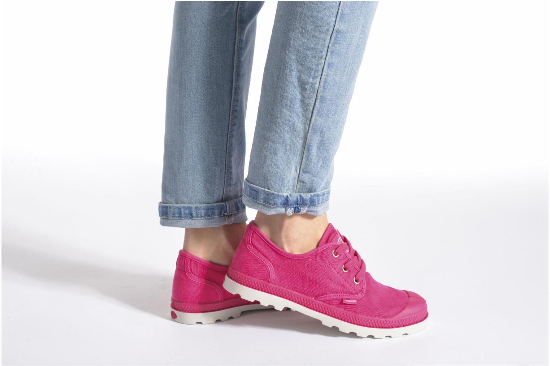 Sneaker Palladium Us Oxford Lp F rosa ansicht von unten / tasche getragen