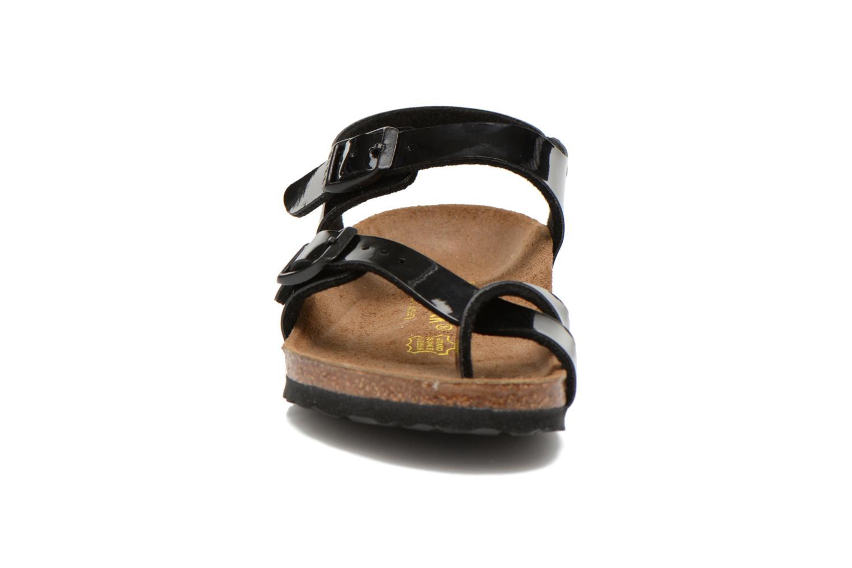 Sandales et nu-pieds Birkenstock TAORMINA Noir vue portées chaussures