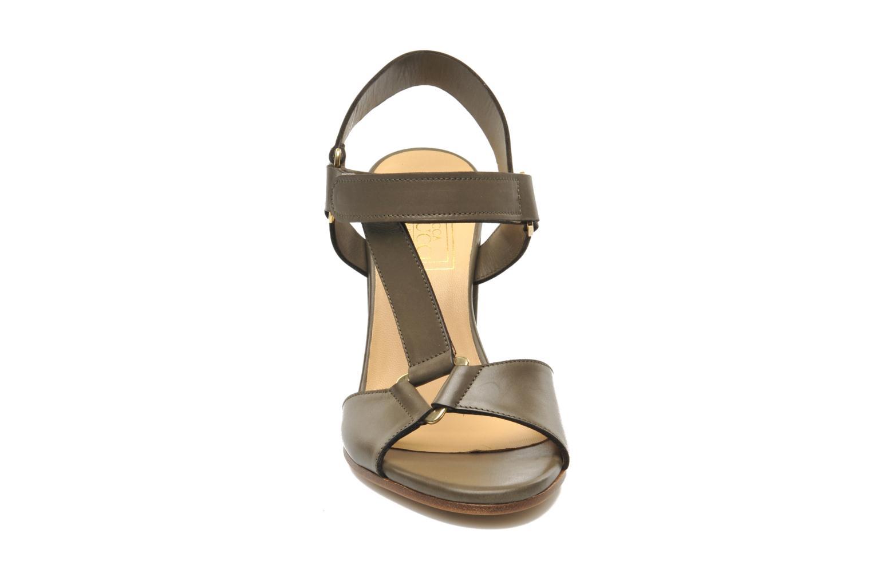 Sandales et nu-pieds Rebecca Balducci Silvia Vert vue portées chaussures