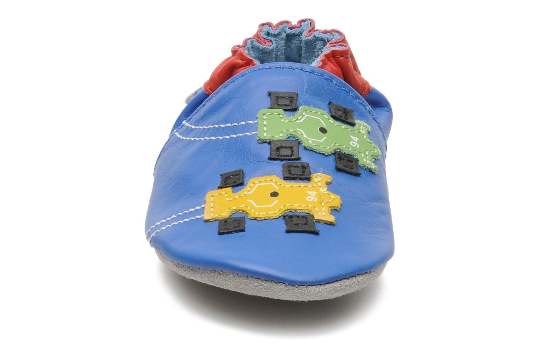 Chaussons Robeez Racing Bleu vue portées chaussures