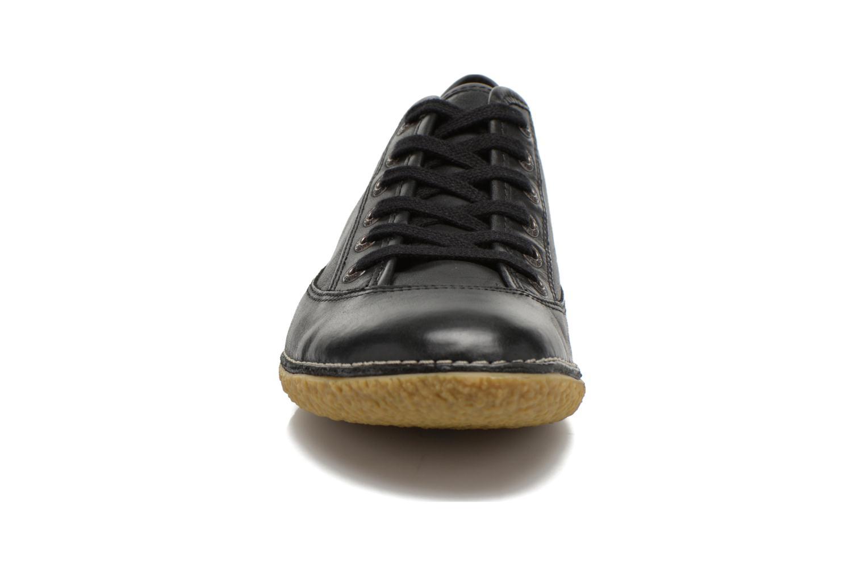 Veterschoenen Kickers Hollyday Zwart model