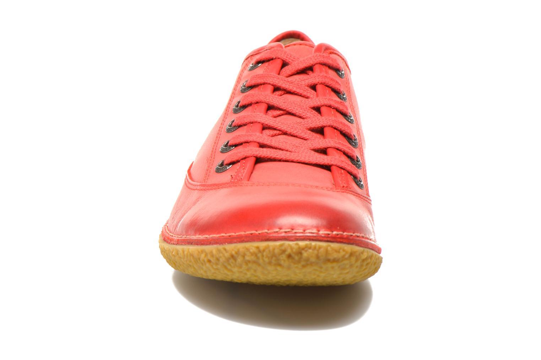 Snörade skor Kickers Hollyday Röd bild av skorna på