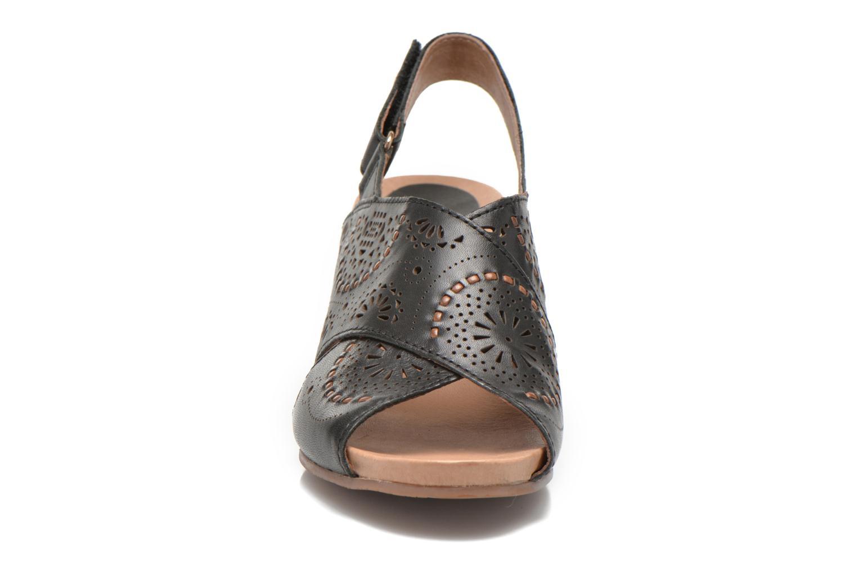 Sandales et nu-pieds Pikolinos Bali W0A-0597 Noir vue portées chaussures