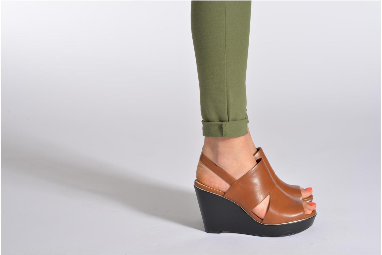 Sandales et nu-pieds Clarks Scent Whisp Gris vue bas / vue portée sac
