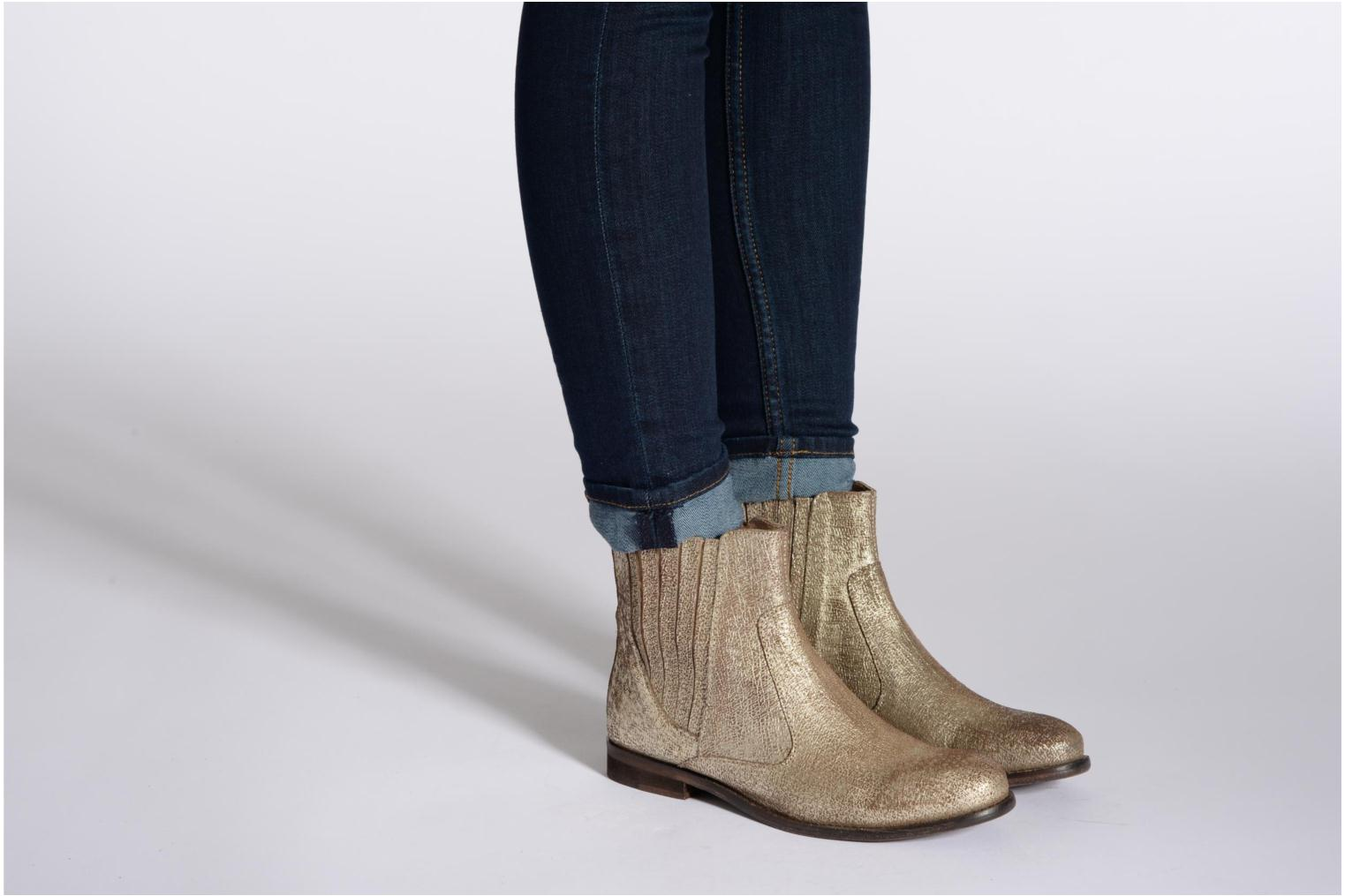 Ankle boots Elle Etoile Silver view from underneath / model view
