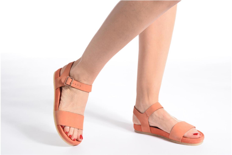Sandales et nu-pieds Clarks Originals Dusty Soul Orange vue bas / vue portée sac