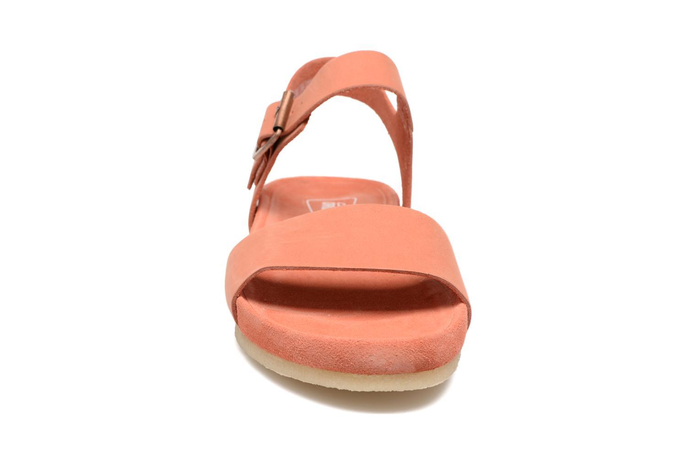 Sandales et nu-pieds Clarks Originals Dusty Soul Orange vue portées chaussures