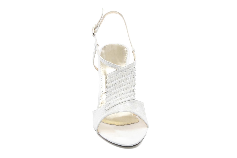 Sandales et nu-pieds Georgia Rose Rumimy Blanc vue portées chaussures