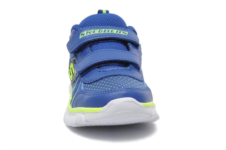 Baskets Skechers Synergy Mini Sprint Bleu vue portées chaussures