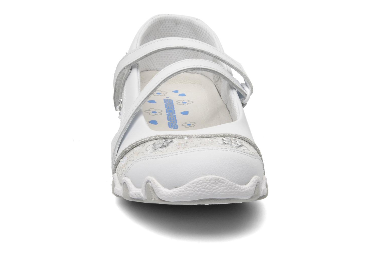 Ballerines Skechers Bikers Fauna Smooth Blanc vue portées chaussures
