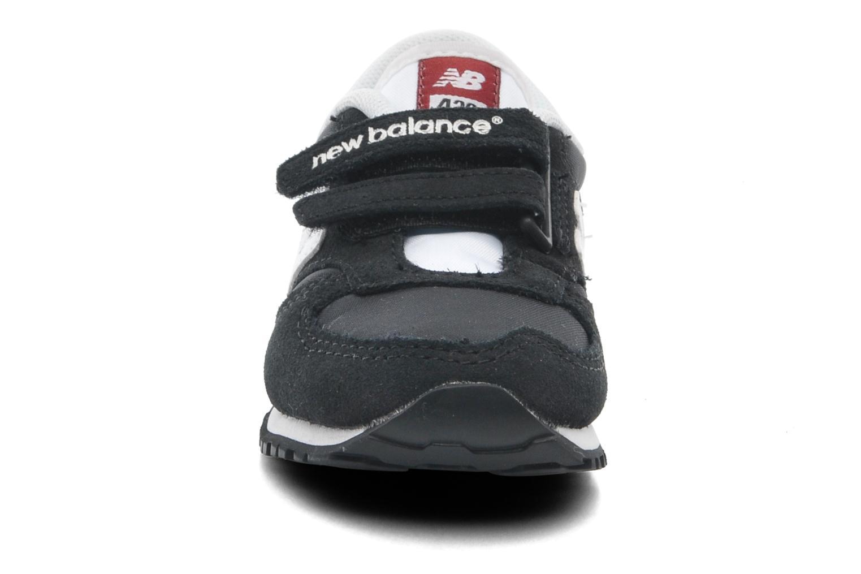 Sneaker New Balance KE420 Kids schwarz schuhe getragen