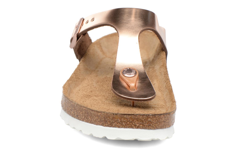 Mules et sabots Birkenstock Gizeh Cuir W Or et bronze vue portées chaussures