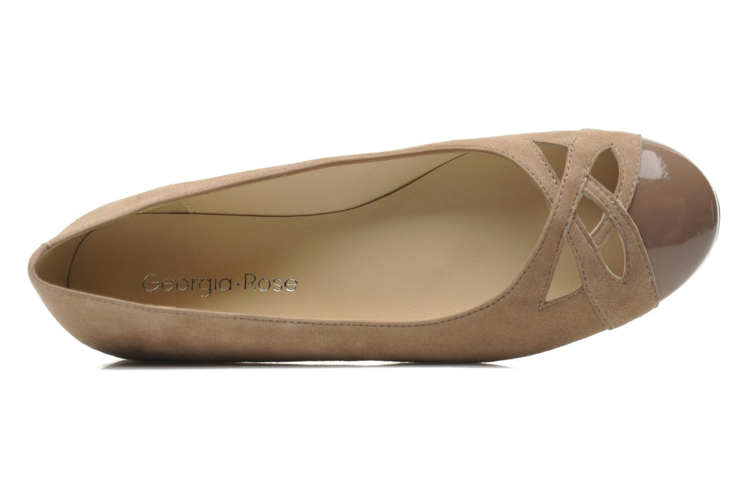 Ballet pumps Georgia Rose Savat Beige view from the left