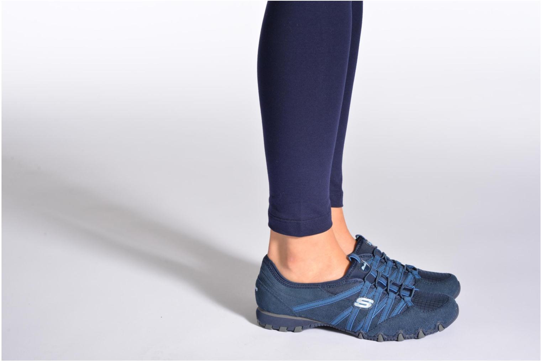 Sneaker Skechers Bikers Verified 21139 grau ansicht von unten / tasche getragen