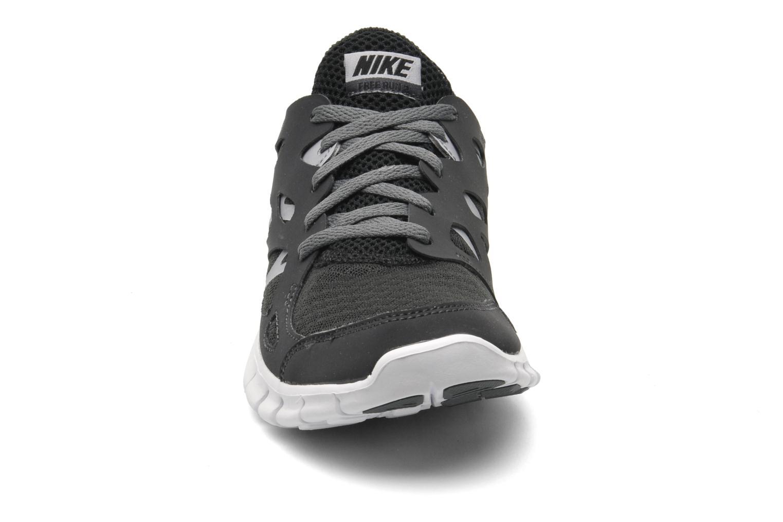 Sneaker Nike NIKE FREE RUN 2 (GS) schwarz schuhe getragen
