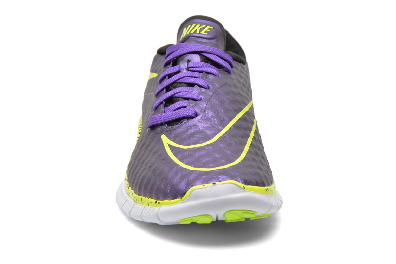 Baskets Nike NIKE FREE HYPERVENOM (GS) Violet vue portées chaussures