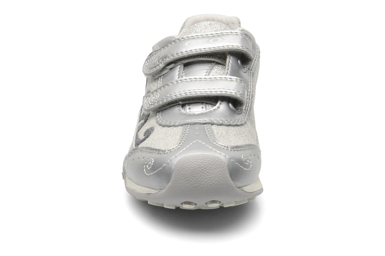 Sneaker Geox J N.JOCKER G.D- TES.BR+GBK PER silber schuhe getragen
