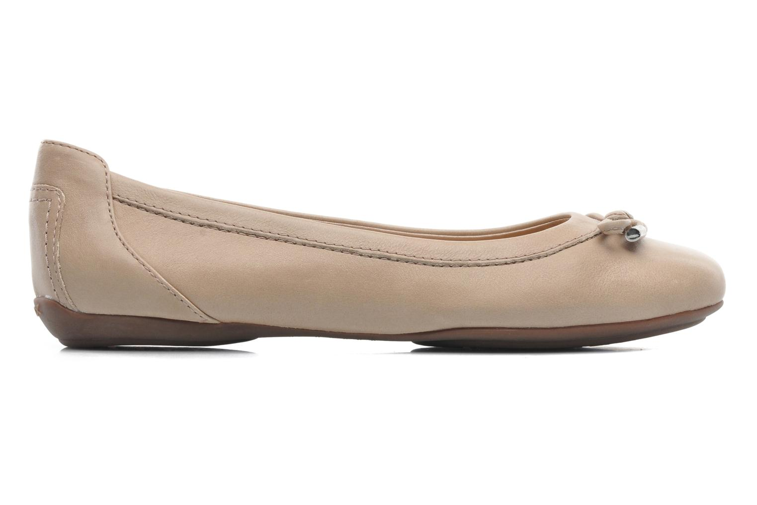 Ballerines Geox D CHARLENE A D32Y7A Beige vue derrière