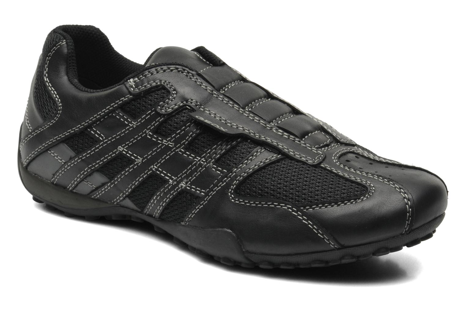 Trainers Geox U SNAKE L U4207L Black detailed view/ Pair view