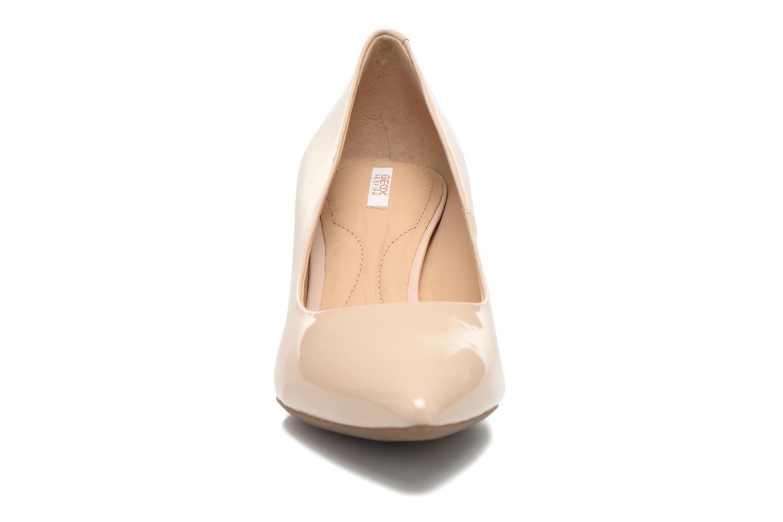 Escarpins Geox D ELINA C D52P8C Beige vue portées chaussures