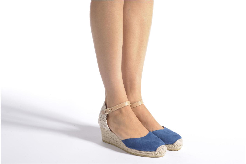 Sandalen Maypol Macaret blau ansicht von unten / tasche getragen
