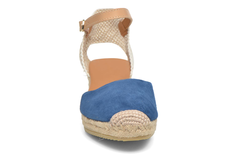Sandalen Maypol Macaret blau schuhe getragen