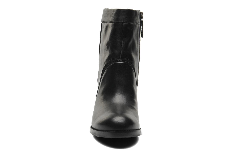 Bottines et boots Geox D Sylvia A D44H4A Noir vue portées chaussures