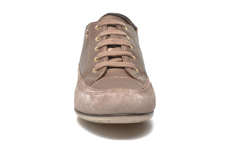 Baskets Geox D New Moena A D4260A Or et bronze vue portées chaussures