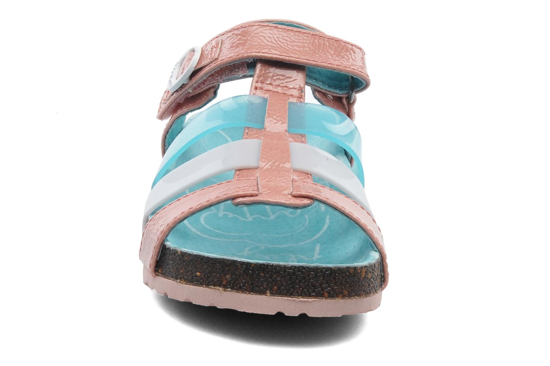 Sandales et nu-pieds Kickers MAGIPLAY Rose vue portées chaussures