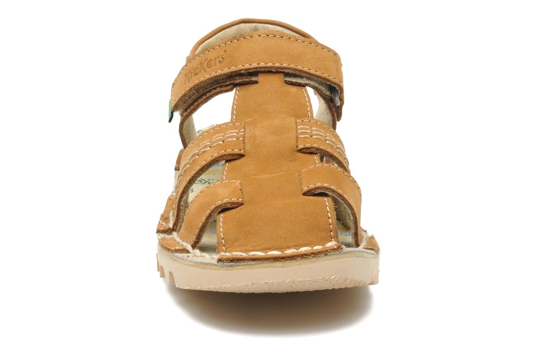 Sandales et nu-pieds Kickers NEOROBIS Marron vue portées chaussures