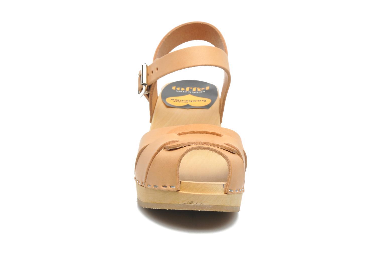 Sandales et nu-pieds Swedish Hasbeens Peep Toe High Beige vue portées chaussures