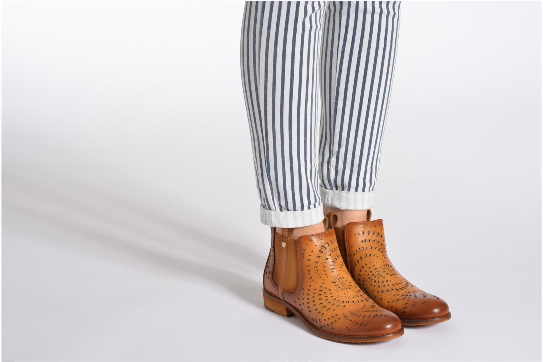 Bottines et boots Mustang shoes Wurux Marron vue bas / vue portée sac