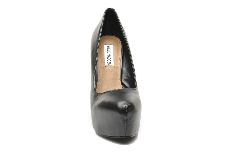 DELERIUS Black leather